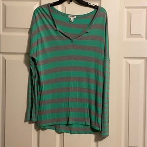 Old Navy woman's top